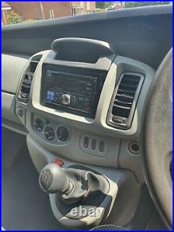 Vauxhall Vivaro Nissan Primastar Renault Trafic LWB
